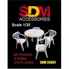 Аксессуары для диорамы. Стол и стулья