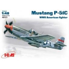 Истребитель Mustang P-51C