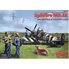 Истребитель Spitfire Mk.IX с пилотами и техниками ВВС Великобритании