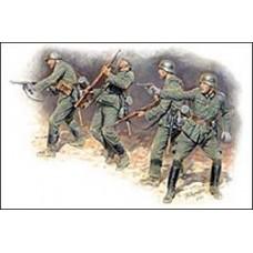 Германская пехота в бою лето 1941
