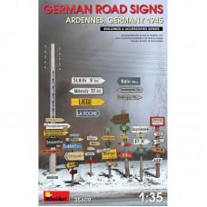 Дорожные знаки времен Второй мировой войны (Арденны, Германия 1945 г.)